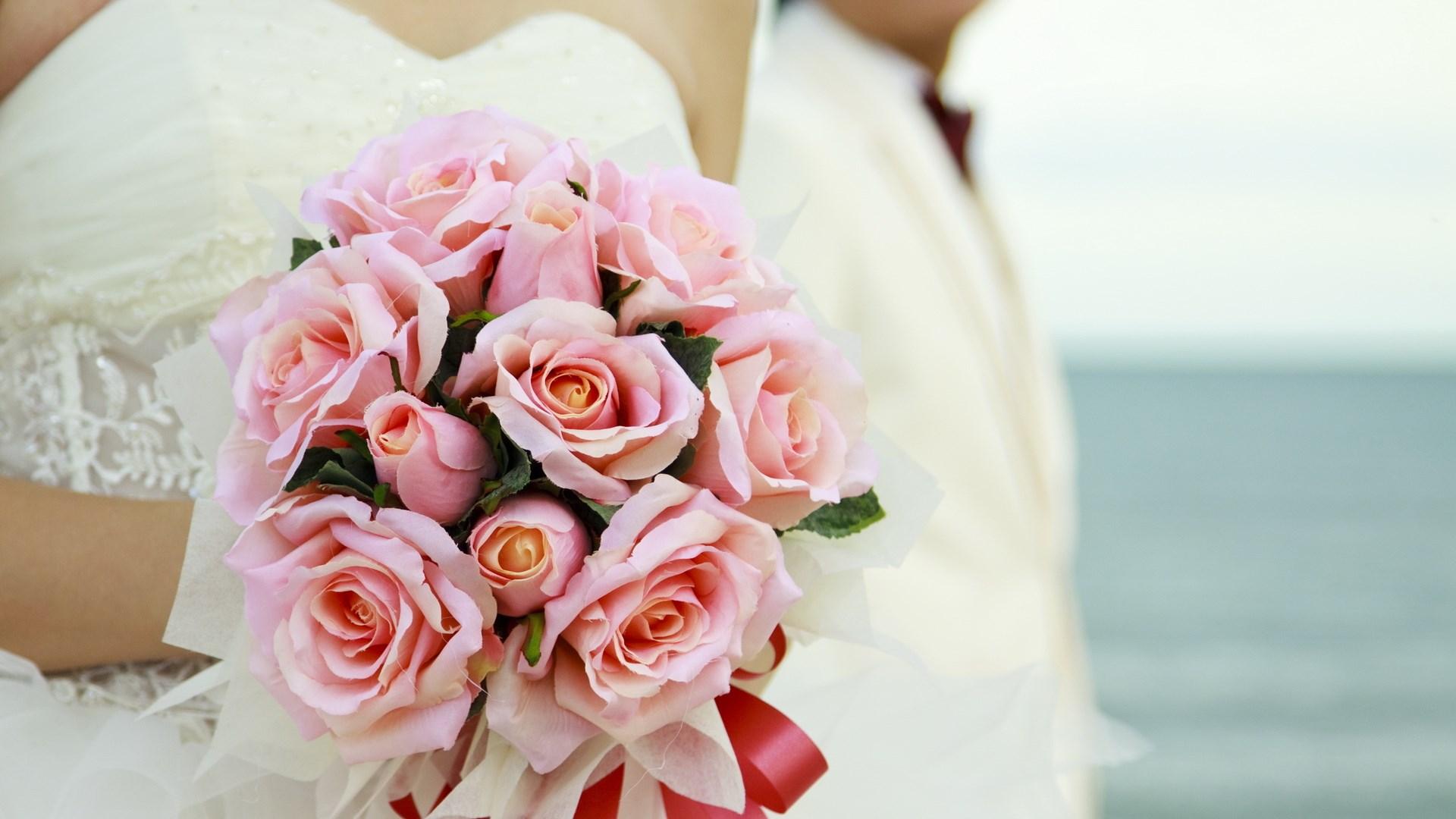 roses-wedding-bouquet-wallpaper-1